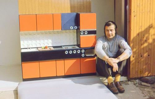 Kovosmalt Fiľakovo n.p., dizajn: Ján Čalovka, foto: rodinný archív