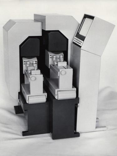 Tvarové riešenie strojov pre obuvnícky a kožiarsky priemysel, ZDA Partizánske, dizajn Ján Čalovka, foto: rodinný archív